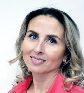 Юлия Букша  - Коммерческий директор